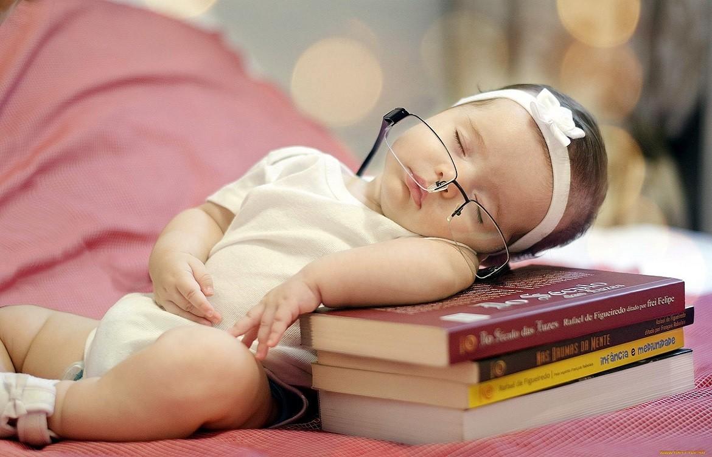 Как научить детей раннего возраста читать по методике Глена Домана.